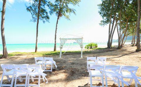 オアフ島 ワイマナロ・ビーチ・コテージ・ウエディング